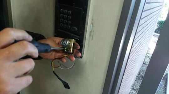 オートロック 鍵穴の分解作業